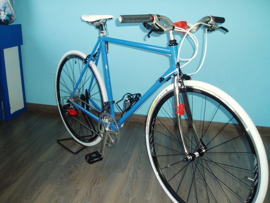 Ni Bicicleta Ni Bicicleto: Restauración De Bicicletas Antiguas